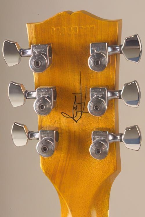 Gibson Tom DeLonge Signature Guitar Review