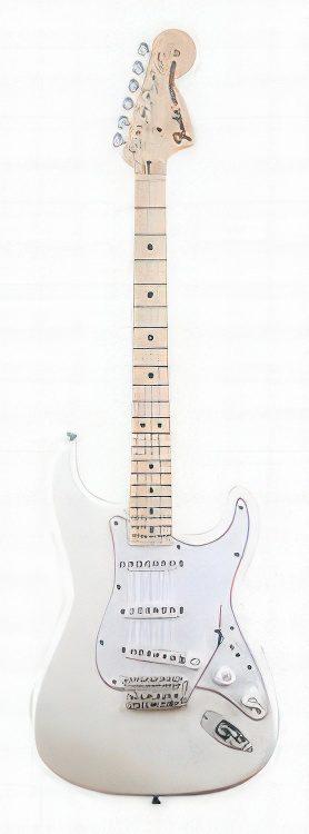 Fender Stratocaster Custom Artist – ROBIN TROWER SIGNATURE STRATOCASTER Guitar Review