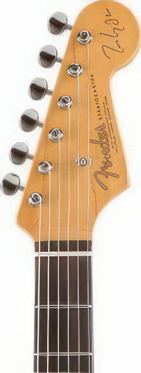 Fender Stratocaster Artist – MARK KNOPFLER STRATOCASTER Guitar Review